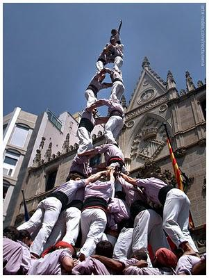 "Is the new Dolce & Gabbana ad campaign paying homage to the Catalan ""Castellers""?"