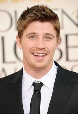 Garrett Hedlund si fa uno spinello: smoking hot or smoking pot?