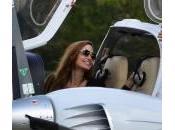 Angelina Jolie: licenza guida revocata, vola stesso