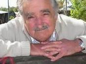 José Mujica, presidente povero, parla della decrescita
