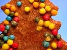 appendere sull'abero Natale mangiare ..ecco Biscottini speziati decorati