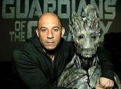 Diesel accanto mezzo busto Groot Guardians Galaxy