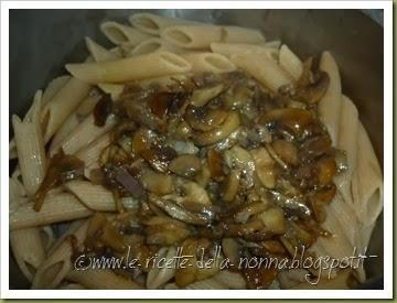 Penne integrali ai funghi (7)