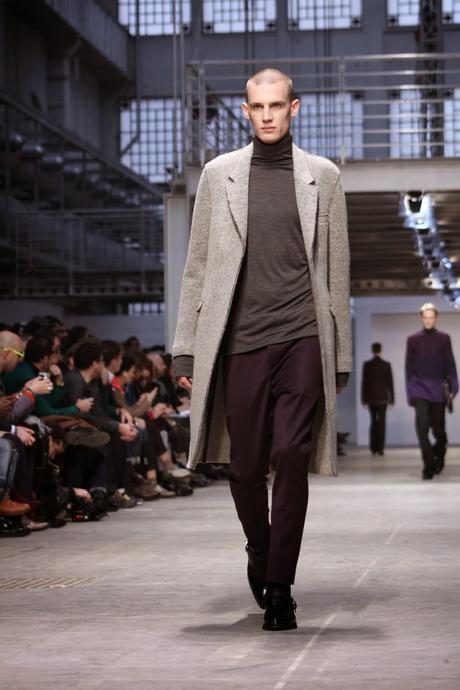 Milano moda uomo costume national homme a i 2014 15 for Studio moda milano