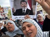 Egitto scontri piazza continuano
