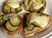 Crostini zucchine gasperone fuso peperoncino