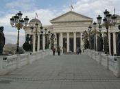 Repubblica Macedonia, Paese cerca d'identita'