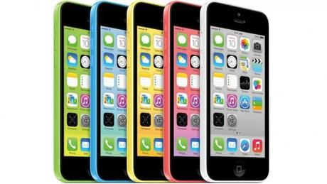 HT iphone 5C colors thg 130910 16x9 992 600x338 Apple ripara nei proprio Apple Store i nuovi iPhone 5C