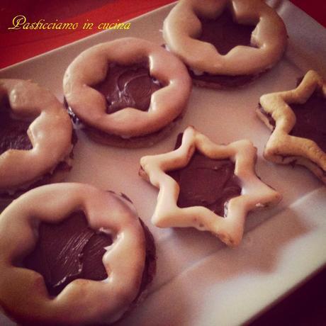 ritorno offrendovi the e biscotti...