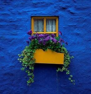 dazzling blue casa