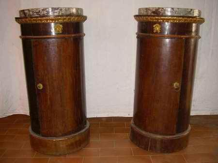 Il comodino impero a tamburo a colonna o a vaso paperblog for Come costruire colonne in stile artigiano