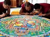 Oriente Milano: domenica lunedì febbraio 2014 Dieci Monaci Tibetani Spazio Tadini Arte Mandala collaborazione artista Simona Bocchi