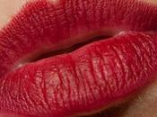 Happy Valentine with Studded Kiss!