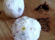 Tartufi ricotta, cocco, cioccolato bianco pistacchi