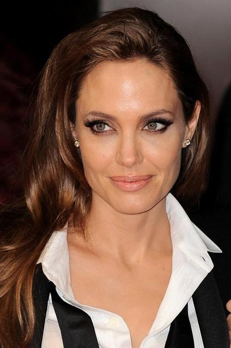 bafta angelina-jolie-bafta-awards-2014-glamour-16feb14-getty_592x888