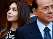 "Berlusconi torna ""single"""