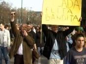 Bosnia, continuano proteste, sale tensione