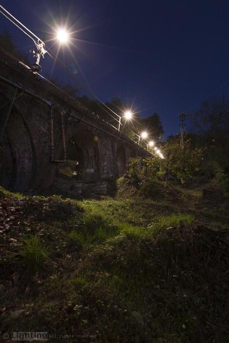 Новая система освещения канатной железной дороги.