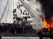 morti negli scontri piazza tirana