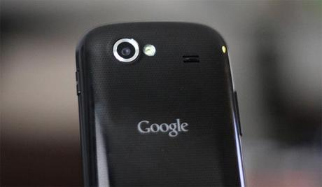 google nexus s close Problemi di riavvio automatico del Nexus S: in arrivo il fix