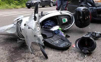 incidente-scooter-auto