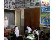 Pakistan, lezioni educazione sessuale scuola pericoli polemiche