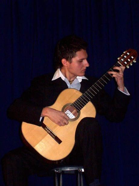 Download Podcast :  Eugenio Della Chiara e Rossini