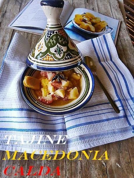 Tajine di Macedonia Calda con Crumble di Biscotti