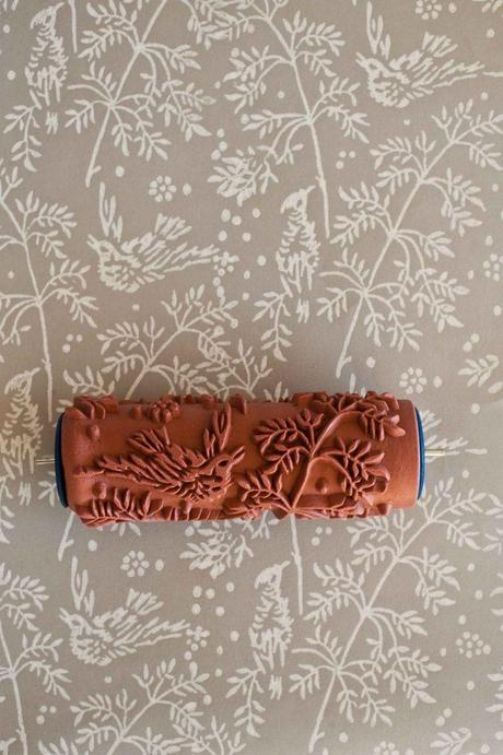 Arredo e decoro low cost un rullo effetto wallpaper paperblog - Arredo design low cost ...