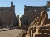 Scoperta Luxor Statua Iset: figlia prediletta Faraone Amenofi prozia Tutankhamon