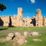 Famose in epoca romana come una delle 7 meraviglie dell'impero, celebri per i decori e le opere che abbellivano il più grande complesso termale di Roma.