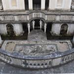 Il Museo Etrusco è ospitato all'interno di Villa Giulia, una villa rinascimentale a cui un tempo erano annesse vigne e colture.