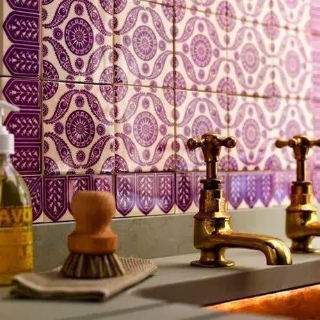 violet-detail-home