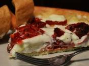 Torta rustica pomodorini confit,squacquerone cotto praga