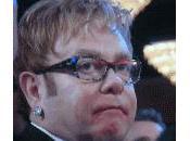 Elton John sposa David Furnish grazie alla legge inglese matrimoni