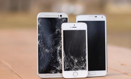 Schermata 2014 04 04 alle 19.11.20 Quale smartphone è il più resistente tra HTC One M8, Galaxy S5, iPhone 5S