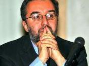 crisi centrodestra fuga Silvio. italoforzuti chiedono asilo politico rifugio amico: Matteo Renzi Frignano sull'Arno