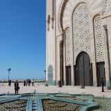 Casablanca: istruzioni per sopravvivere nella città più caotica del Marocco