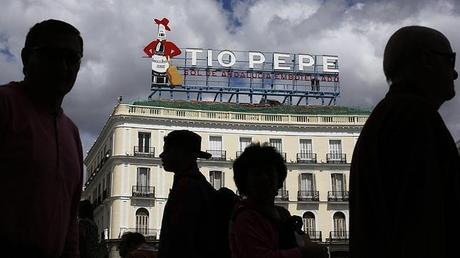 Tio pepe torna alla puerta del sol di madrid paperblog for Tio pepe puerta del sol madrid