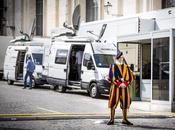 Eutelsat: soddisfazione storica diretta globale Vaticano