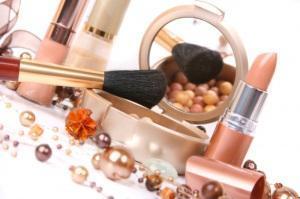 Parliamo di… Composizione e ingredienti di un cosmetico
