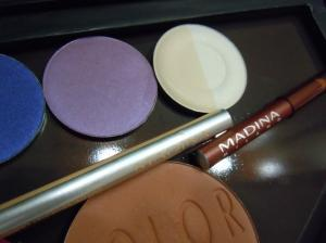 Haul&Swatches; Madina [So Cool Eyeshadow & Matite]