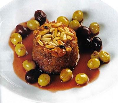 Pudding alla cannela e uva.
