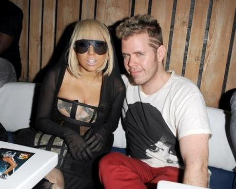 "Perez Hilton: ""Born This Way è la Like a Prayer di Lady Gaga"""