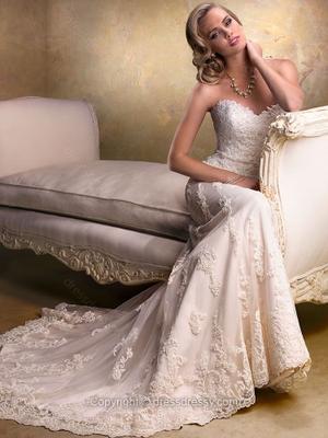 Abiti Da Sposa On Line.Dressydressy Abiti Da Sposa E Da Cerimonia Online Paperblog