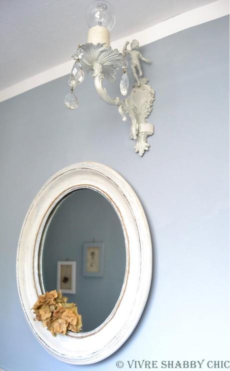 Un restyling facile e veloce per il bagno paperblog - Applique moderne per bagno ...