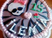 Torta Teschio Monster High...per adolescenti menose....