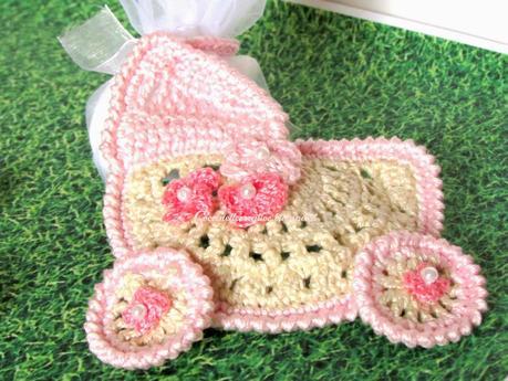 Culla Bimba Uncinetto Crochet Ciondolo Bomboniera Confettata Per