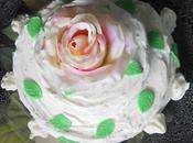 Compleanno Festa. Basterà torta? White Rose Cake re-cake Maggio.