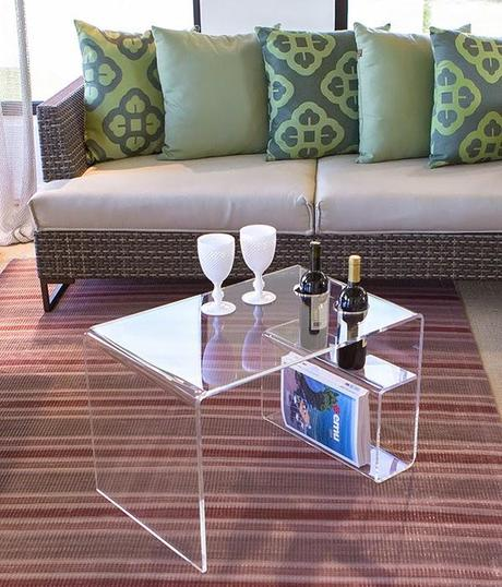 Tavolini Da Salotto Plexiglass.Casper Il Tavolino In Plexiglass Che Ama Il Vino Paperblog